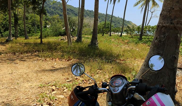 Drøn øen rundt på en scooter
