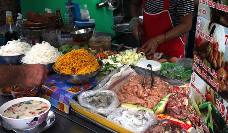 Derfor skal du spise street food