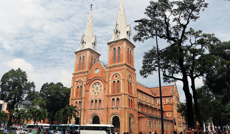 Notre Dame katedralen i Ho Chi Minh