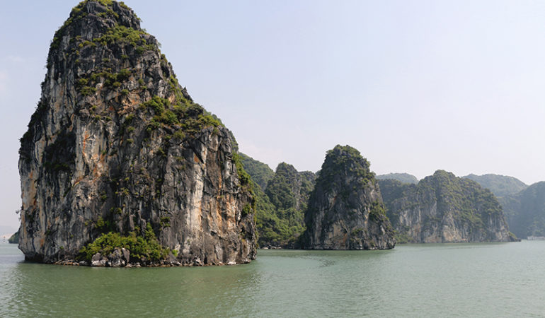 Ha Long Bay i Vietnam